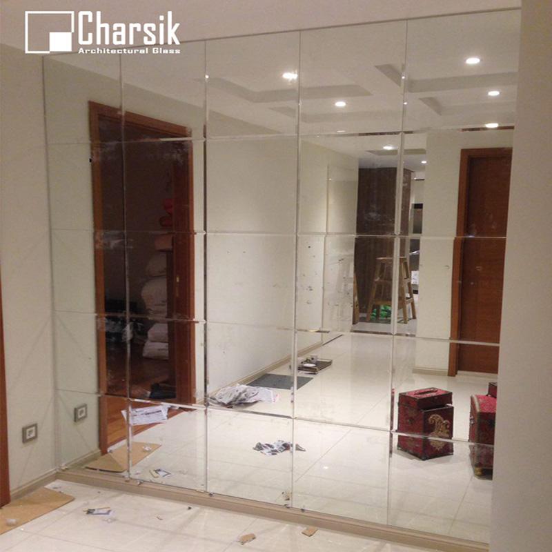 آینه-تراشدار-دیواری.-طرح-مربع-چارسیک