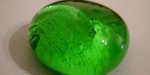 شیشه های سبز چگونه تولید می شوند و مواد تشکیل دهنده آنها چیست؟