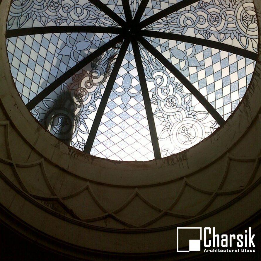 گنبد شیشه ای استین گلاس، طرح شرق