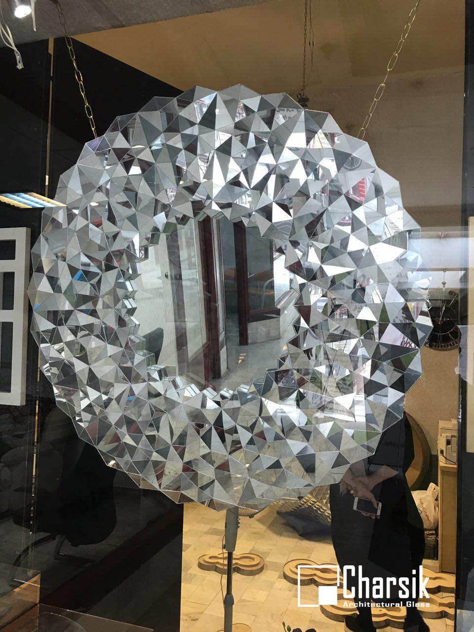 آینه دکوراتیو، طرح مقرنس چارسیک