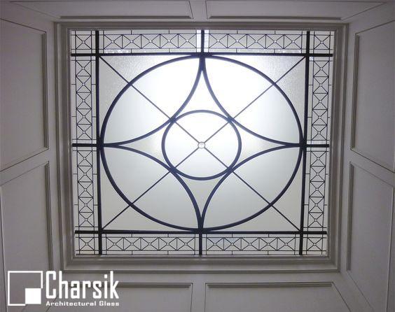 سقف شیشه ای، طرح پرگار چارسیک