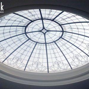 گنبد شیشه ای طرح دار