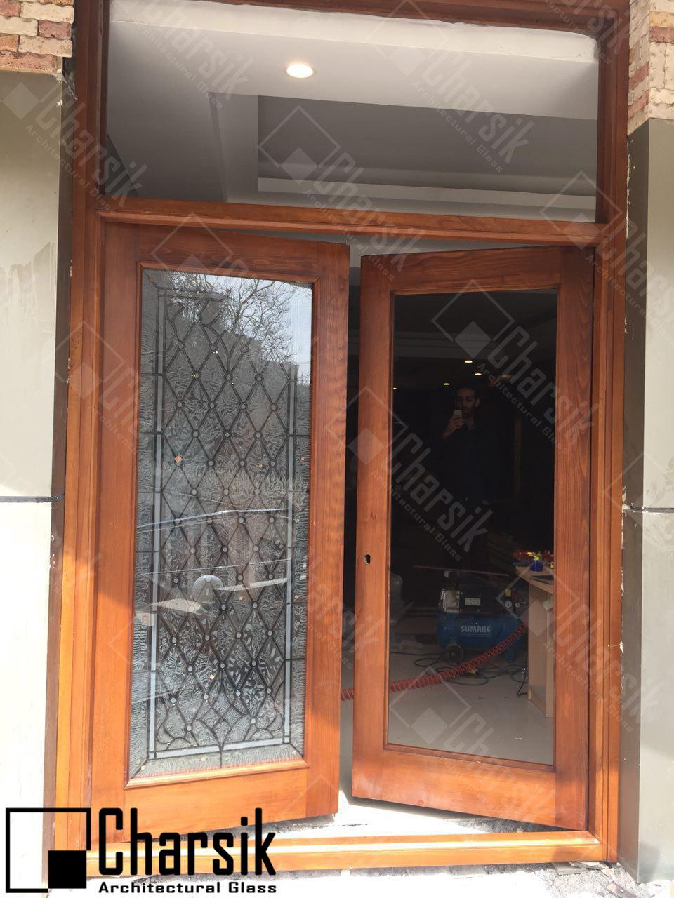 ساخت درب لابی و شیشه تزئینی چارسیک
