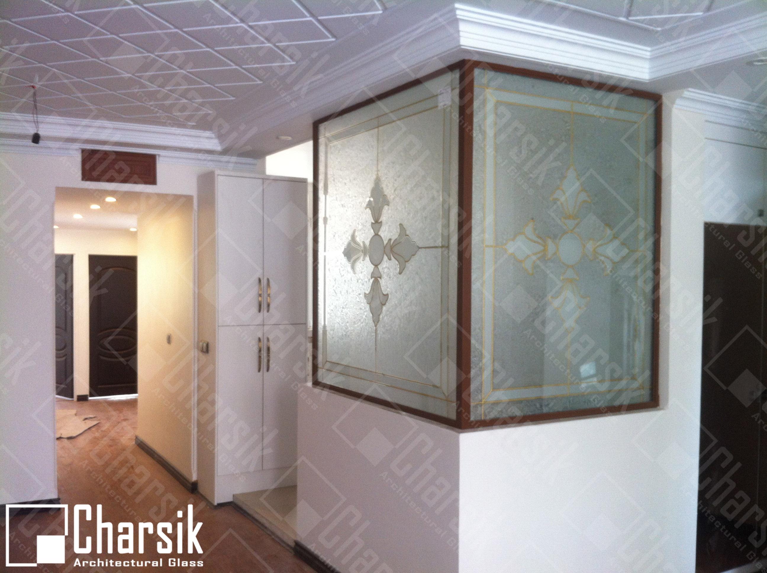 پارتیشن شیشه ای تزئینی