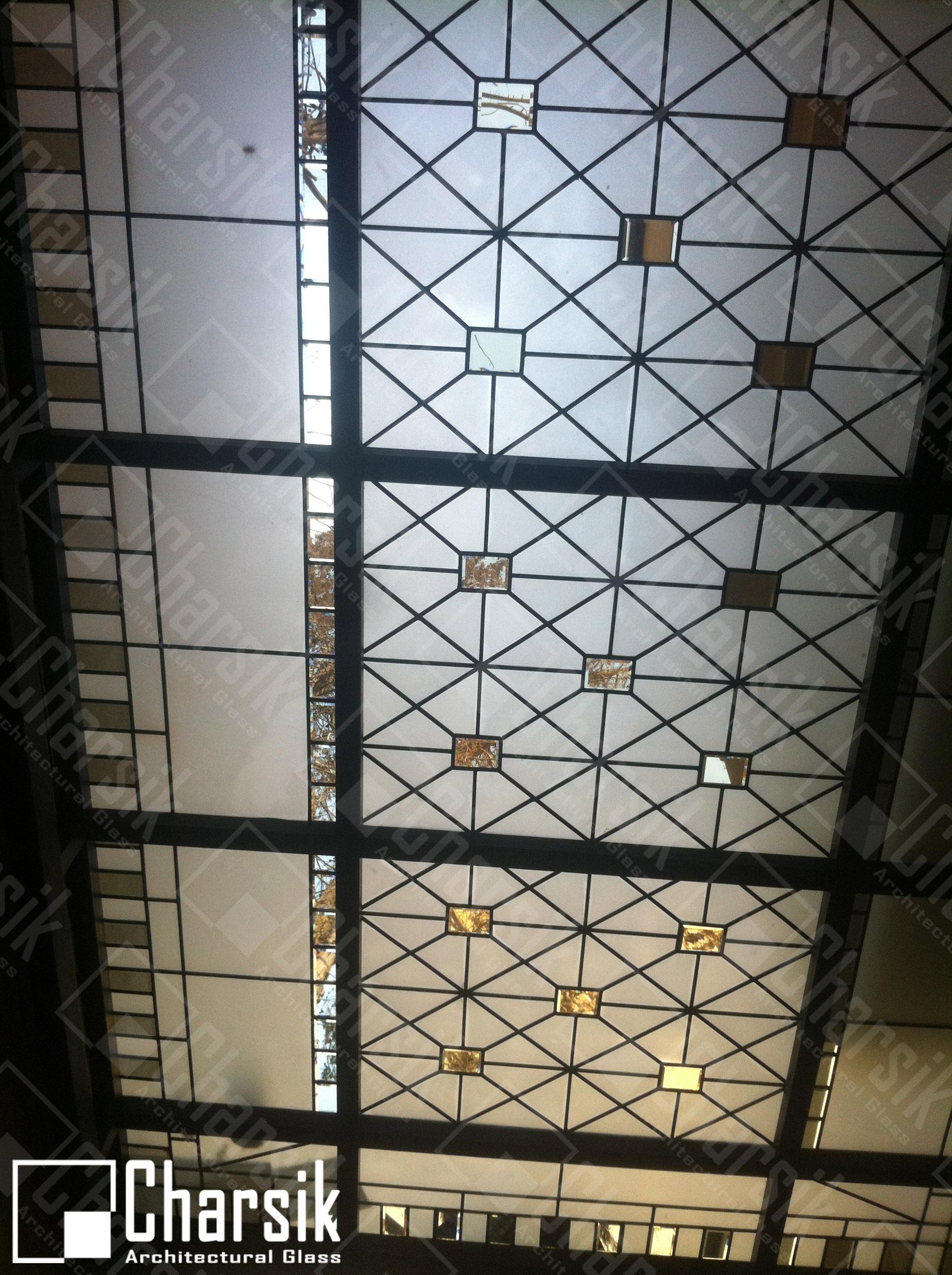 سقف نورگیر شیشه ای استیند گلس ولنجک. نورگیر سقفی مدرن چارسیک