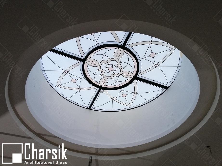 شیشه تزئینی و دکوراتیو سقف با تکنیک استین گلس