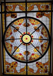 شیشه های تزئینی ساختمان